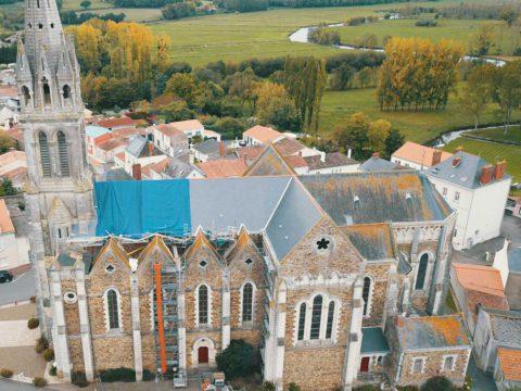 Réfection partielle d'une église - Couvreur GUILLAUD à Ste Pazanne : entreprise Patrice Guillaud